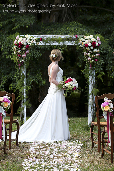Wedding Flower Arrangements.Pink Moss Florists Palm Cove Wedding Bouquets Flower Arrangements